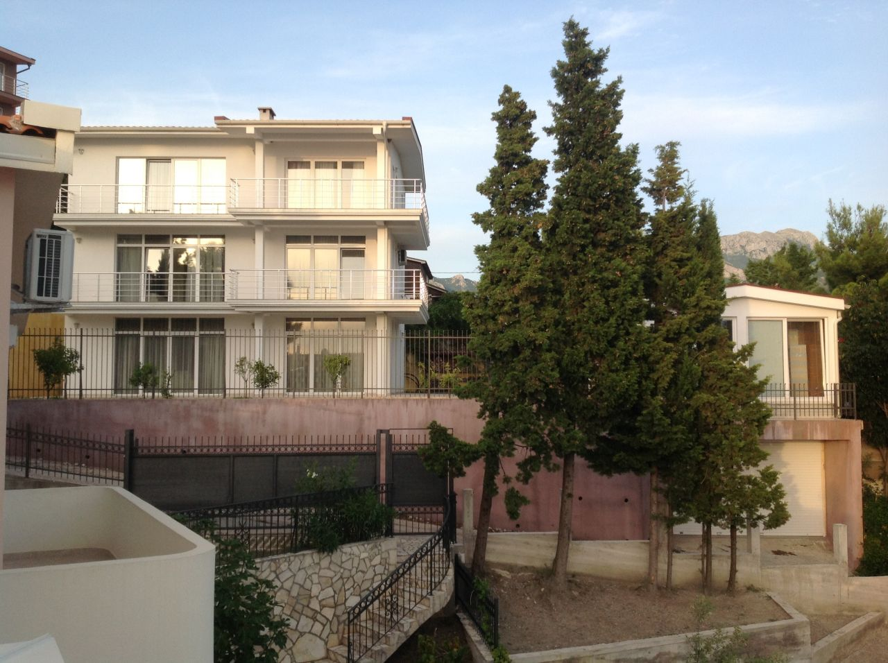 Дом в Шушани, Черногория, 600 м2 - фото 1