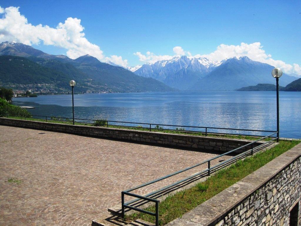 Апартаменты у озера Комо, Италия, 140 м2 - фото 1