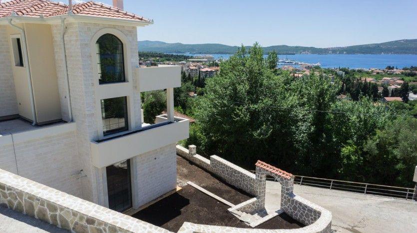 Дом в черногории у моря купить