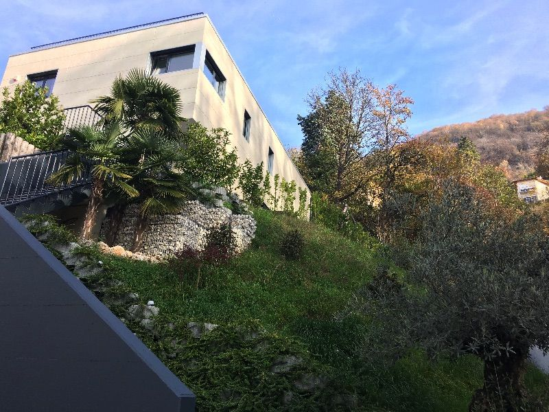 Вилла в Лугано, Швейцария, 360 м2 - фото 1