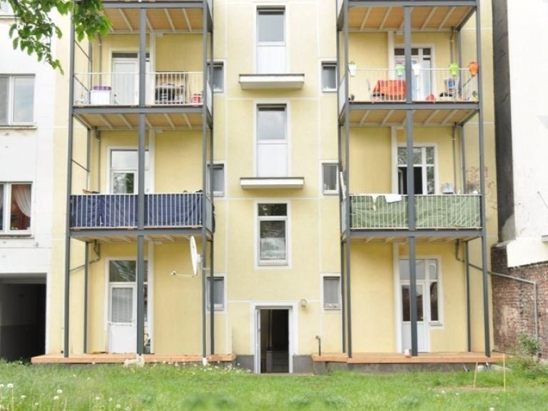 Доходный дом в земле Северный Рейн-Вестфалия, Германия, 548 м2 - фото 1