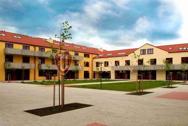 Апартаменты в Праге, Чехия, 37 м2 - фото 1