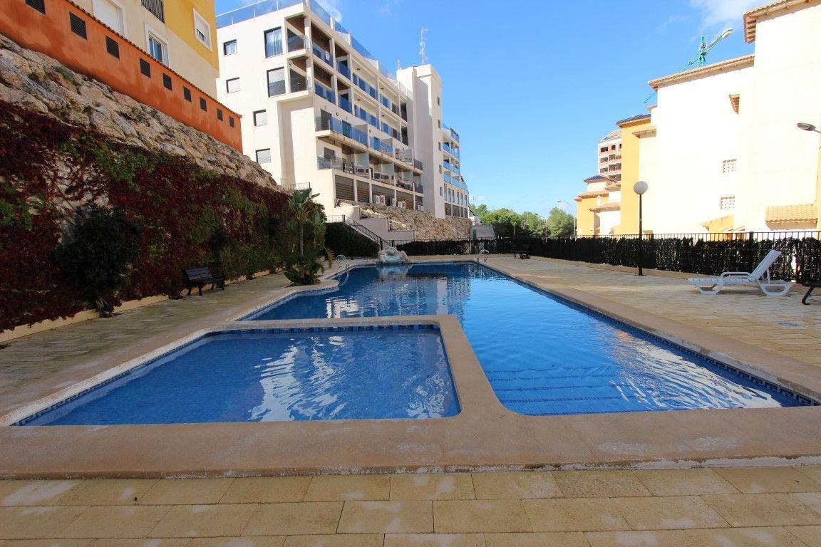 Апартаменты в Ориуэла Коста, Испания, 72 м2 - фото 1