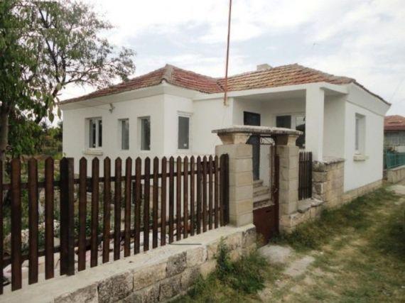 Дом в Добричской области, Болгария, 1290 м2 - фото 1
