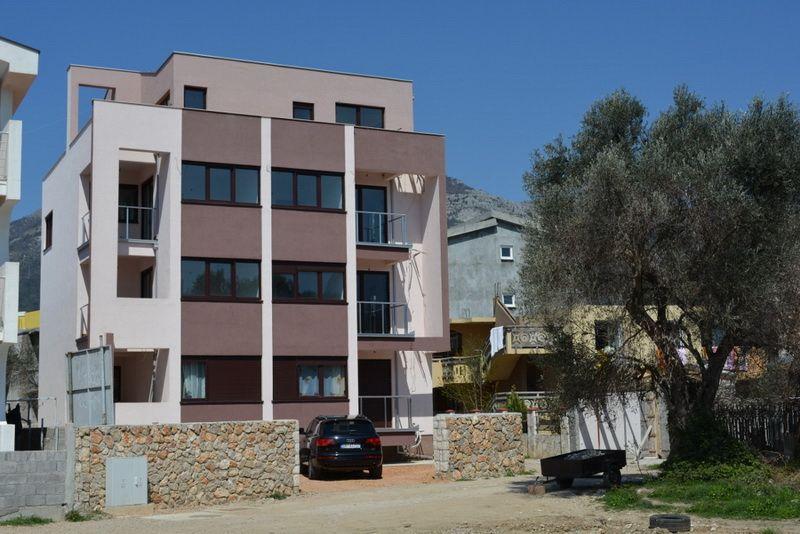 Квартира в Баре, Черногория, 98 м2 - фото 1