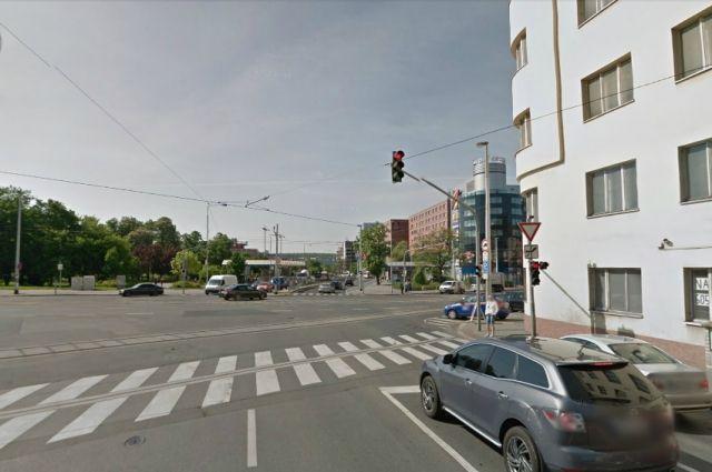 Коммерческая недвижимость в Праге, Чехия, 1710 м2 - фото 1