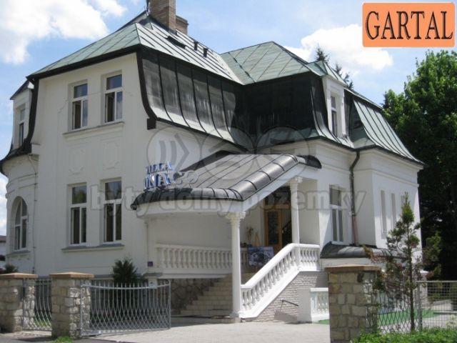 Коммерческая недвижимость в Марианске-Лазне, Чехия, 1206 м2 - фото 1
