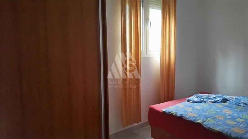 Квартира в Баре, Черногория, 43 м2 - фото 1