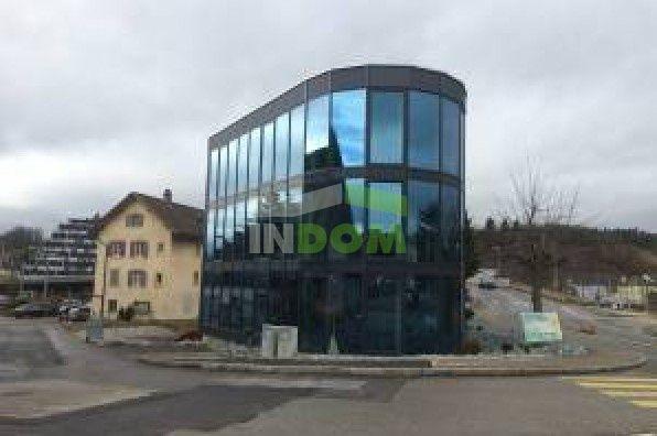 Коммерческая недвижимость в Базеле, Швейцария, 723 м2 - фото 1