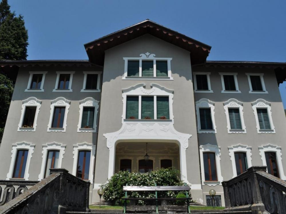 Апартаменты у озера Маджоре, Италия, 113 м2 - фото 1