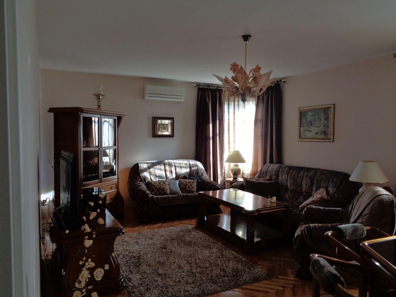Квартира в Софии, Болгария, 130 м2 - фото 1