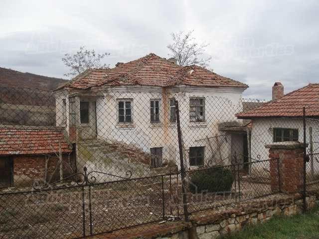Дом в Хасково, Болгария, 1800 м2 - фото 1