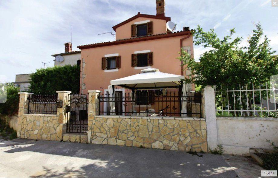 Дом в Пуле, Хорватия, 28 м2 - фото 1
