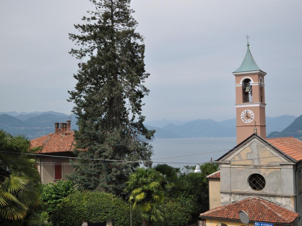 Квартира у озера Маджоре, Италия, 70 м2 - фото 1