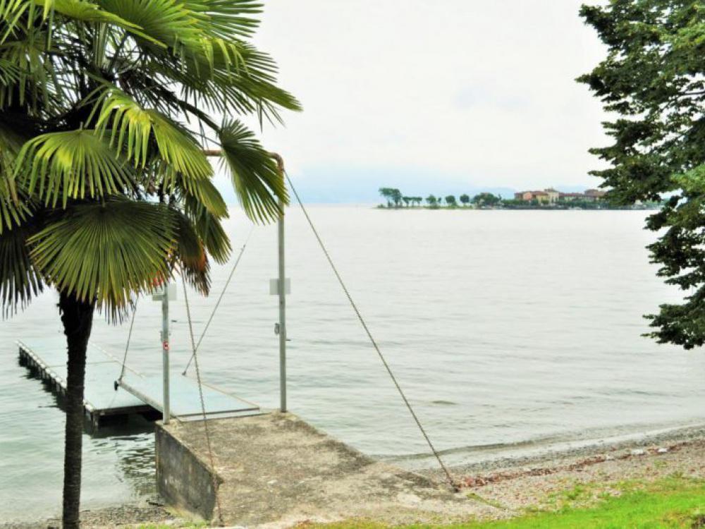 Апартаменты у озера Маджоре, Италия, 90 м2 - фото 1