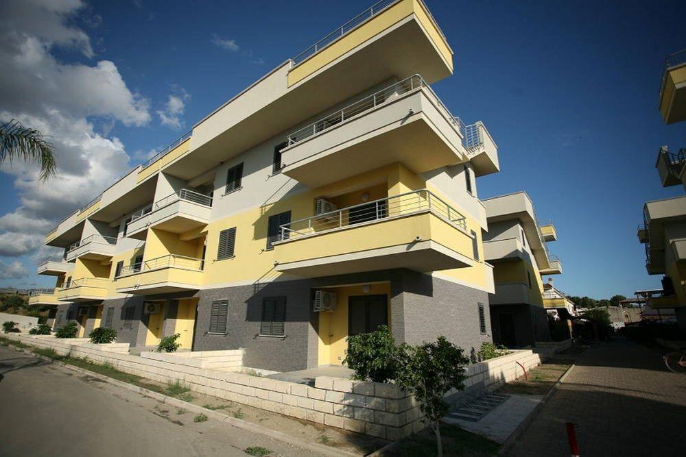 Апартаменты в Козенце, Италия, 45 м2 - фото 1