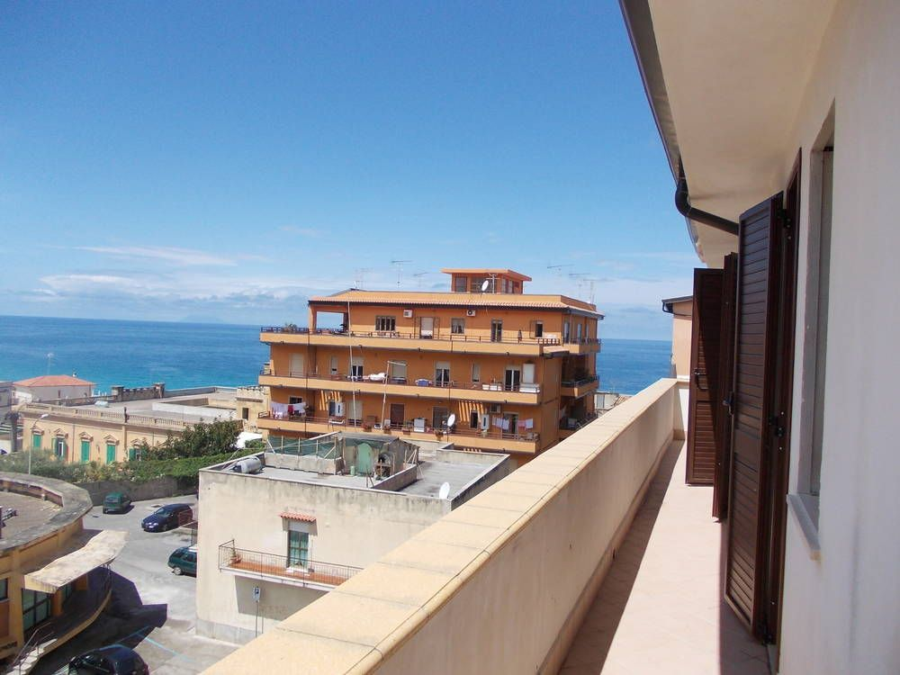 Апартаменты в Тропее, Италия, 70 м2 - фото 1