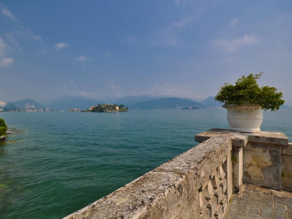 Апартаменты у озера Маджоре, Италия, 110 м2 - фото 1