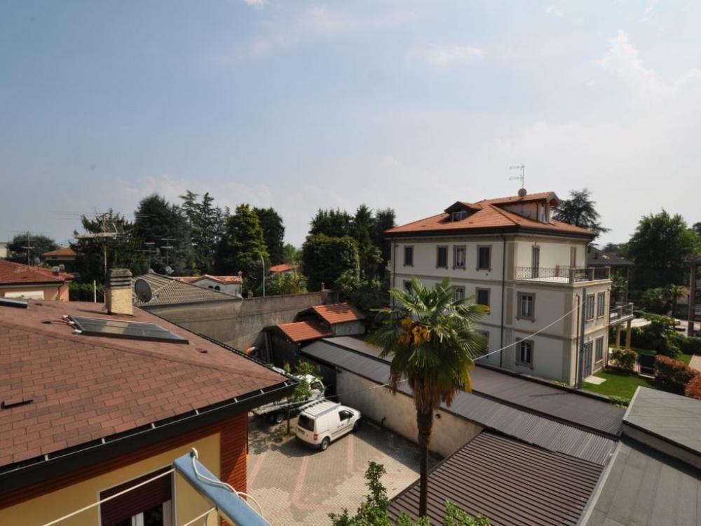 Квартира у озера Маджоре, Италия, 60 м2 - фото 1