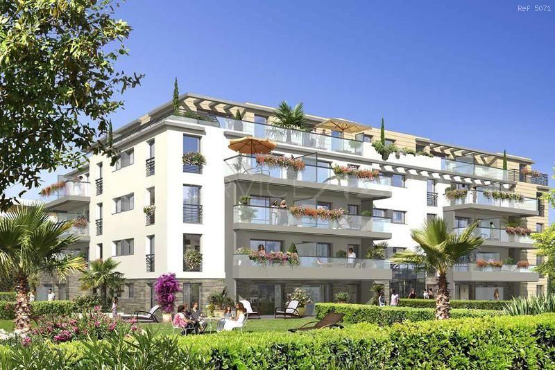 Апартаменты в Сен-Поль-де-Ванс, Франция - фото 1