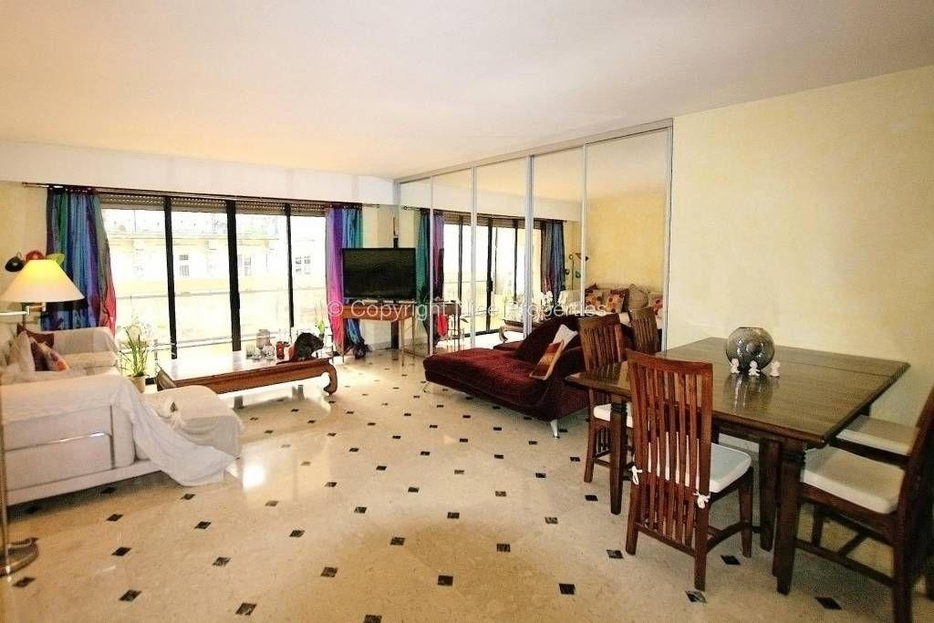 Квартира в Ницце, Франция, 118 м2 - фото 1