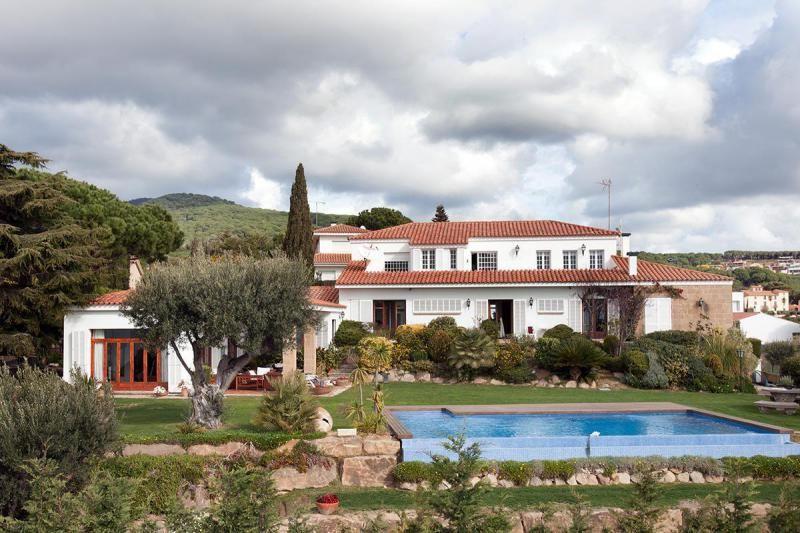 Недвижимость испания барселона пригороды