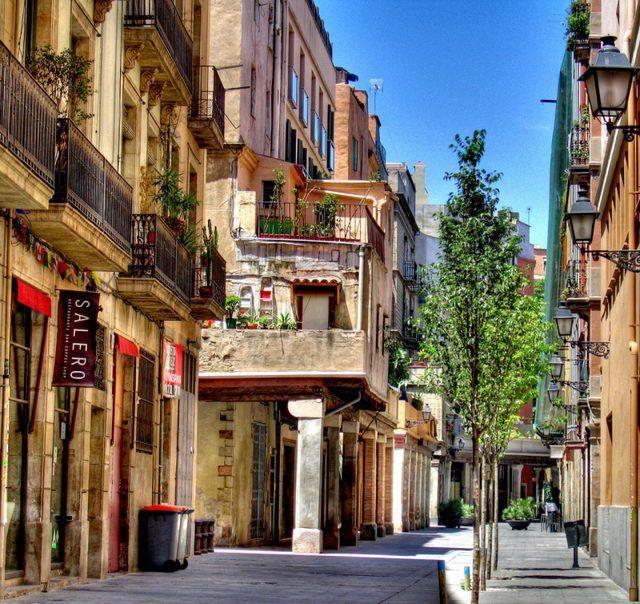 описанием испанские города улицы фото этом