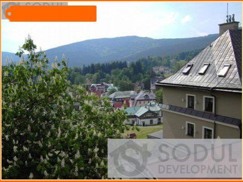 Коммерческая недвижимость в Йиндржихув Градец, Чехия - фото 1