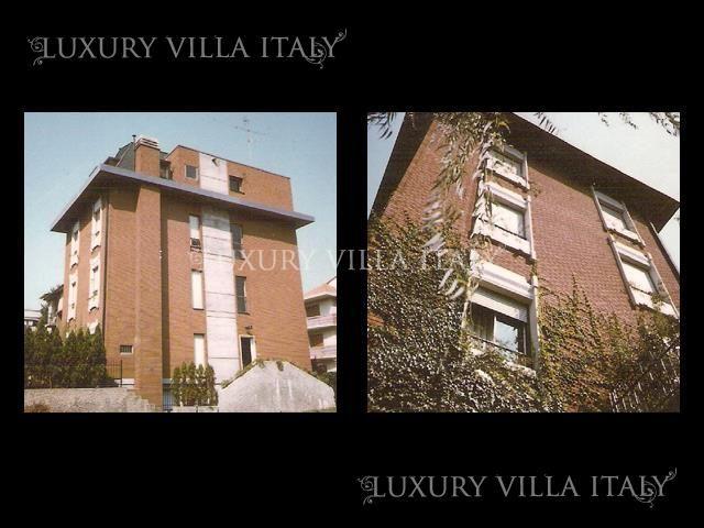 Дом в Милане, Италия, 200 м2 - фото 1