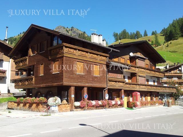 Квартира в Венето, Италия, 817 м2 - фото 1
