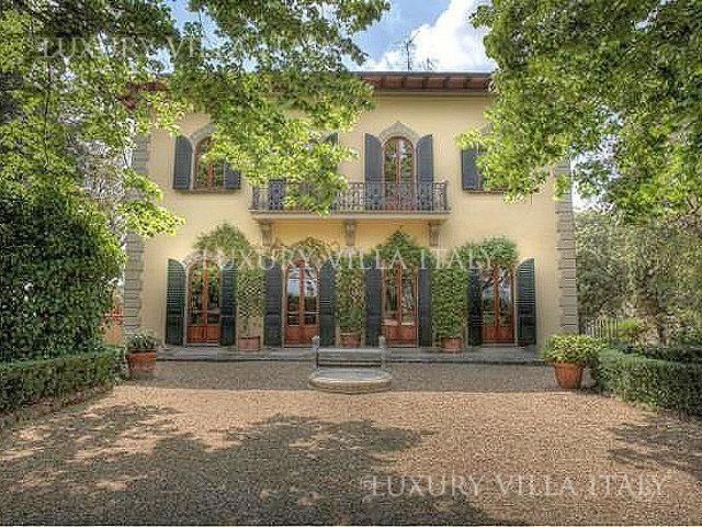 Дом во Флоренции, Италия, 10000 м2 - фото 1