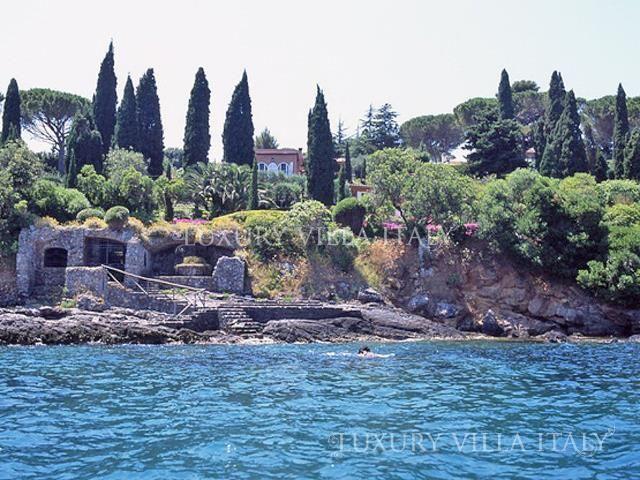 Дом в Монте-Арджентарио, Италия, 900 м2 - фото 1