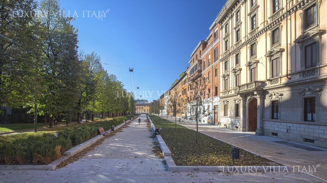Квартира в Милане, Италия, 345 м2 - фото 1