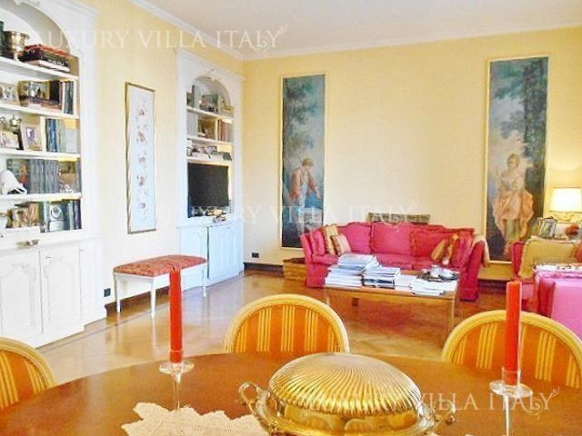 Квартира в Милане, Италия, 170 м2 - фото 1