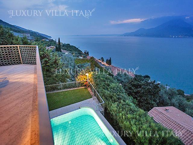Дом у озера Гарда, Италия, 250 м2 - фото 1
