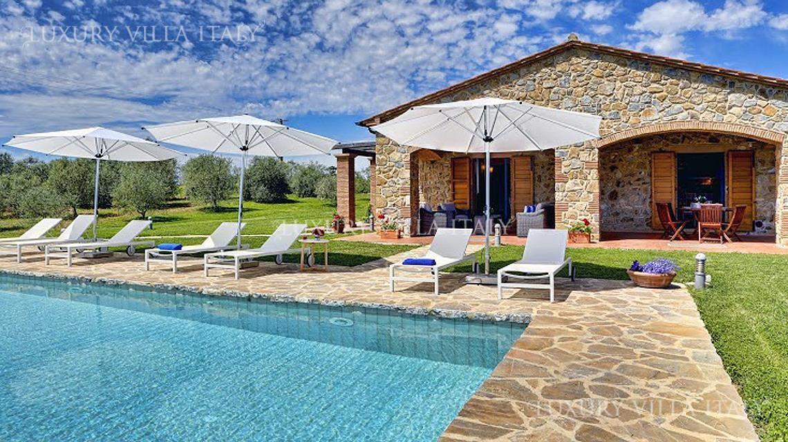 Дом в Гроссето, Италия, 300000 м2 - фото 1
