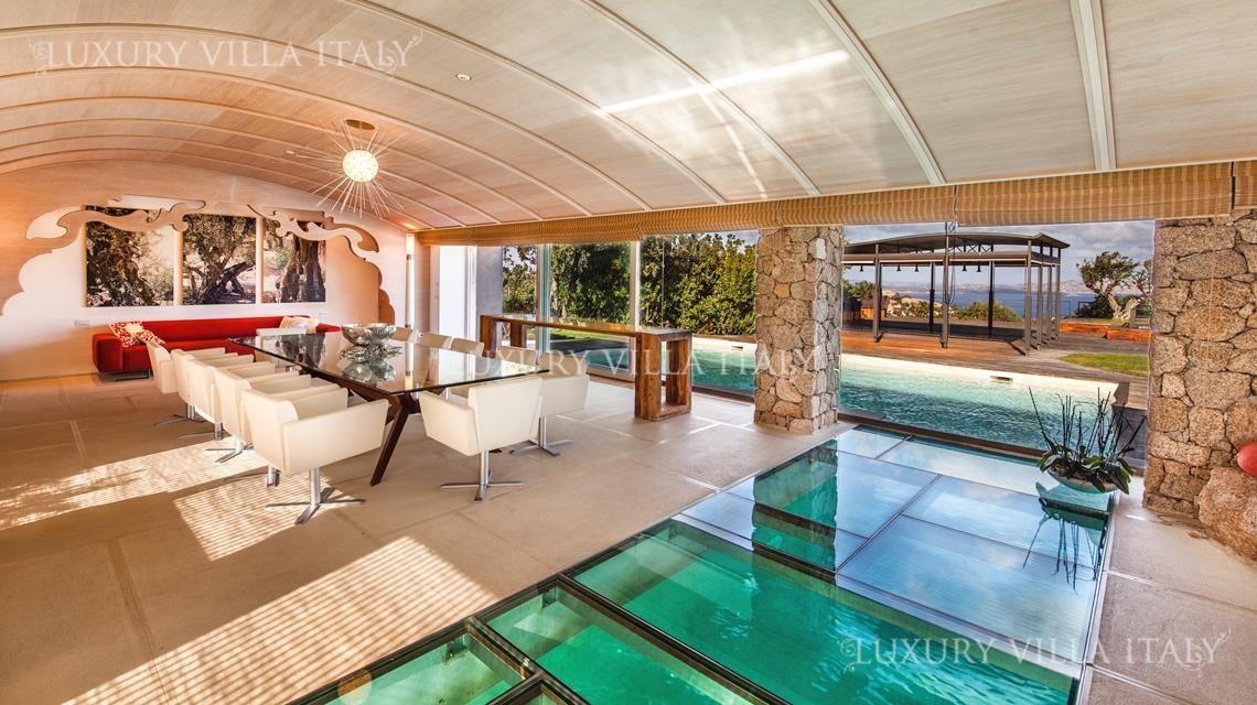 Дом в Порто Черво, Италия, 3200 м2 - фото 1