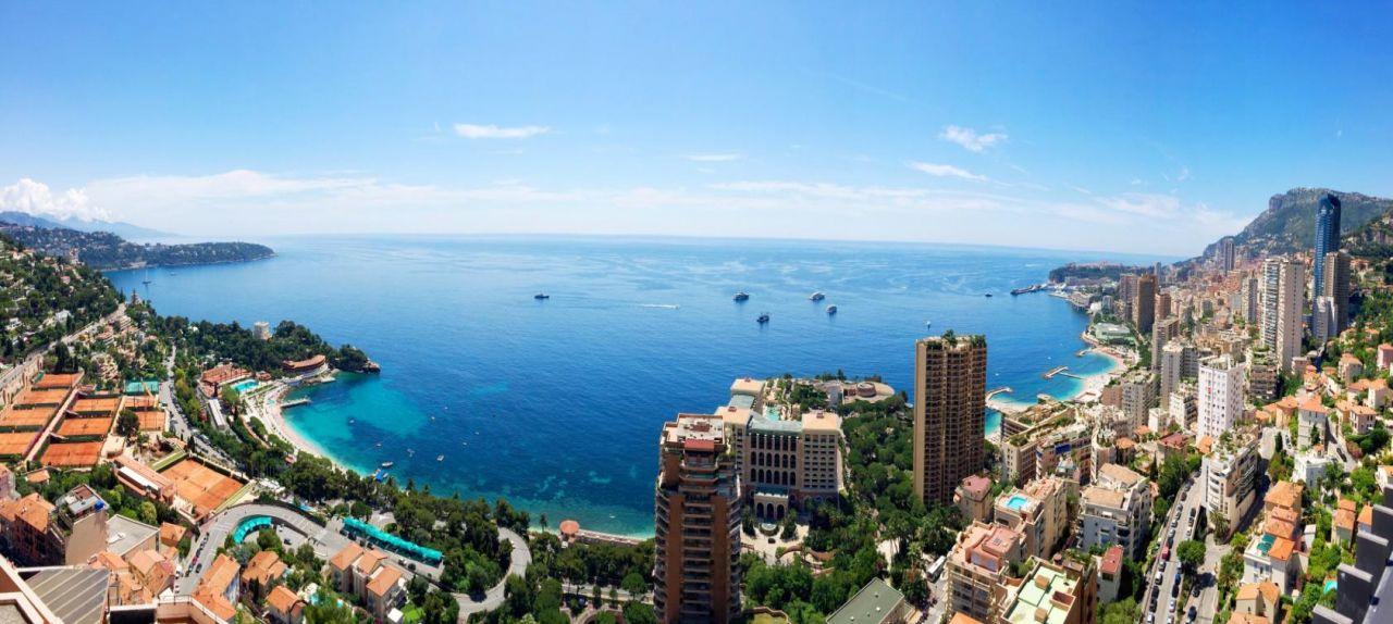 Апартаменты в Сен-Романе, Монако, 245 м2 - фото 1