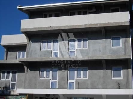 Квартира в Сутоморе, Черногория, 140 м2 - фото 1