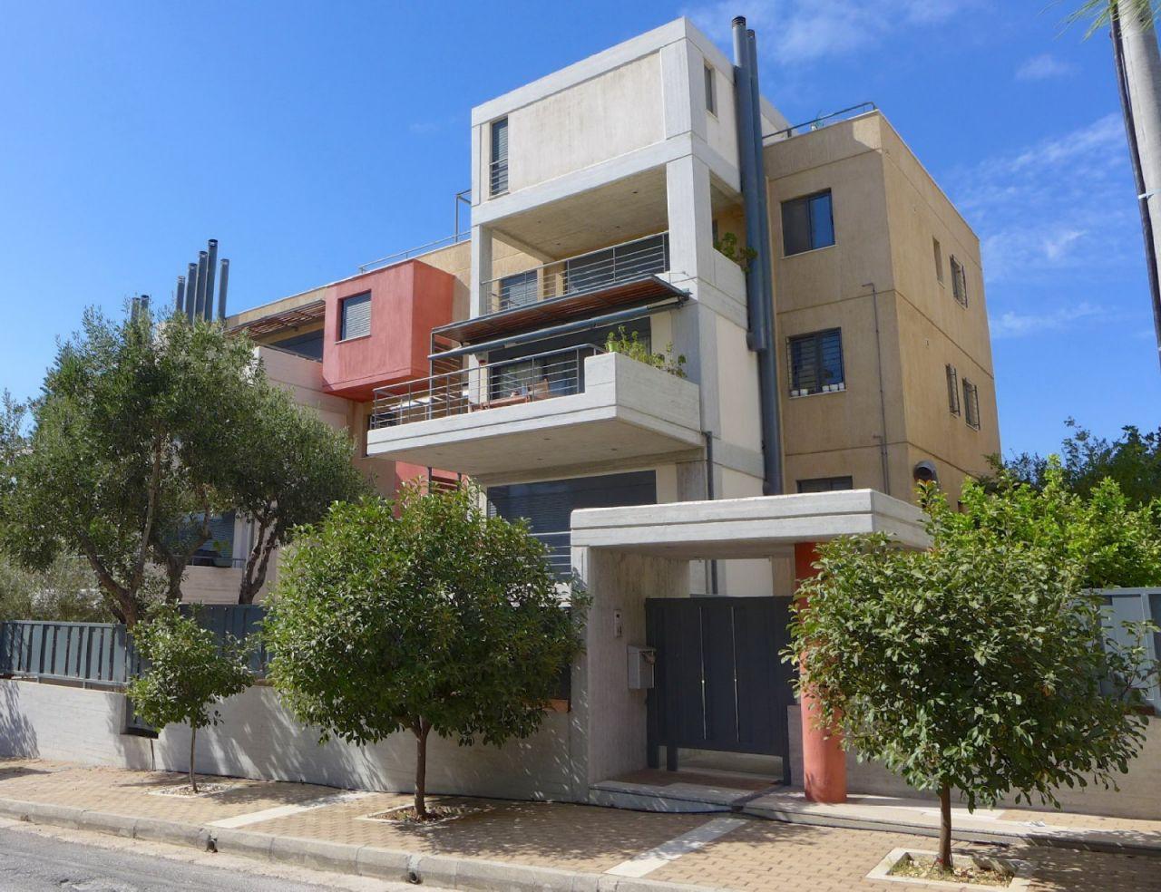 Коттедж в Афинах, Греция, 210 м2 - фото 1