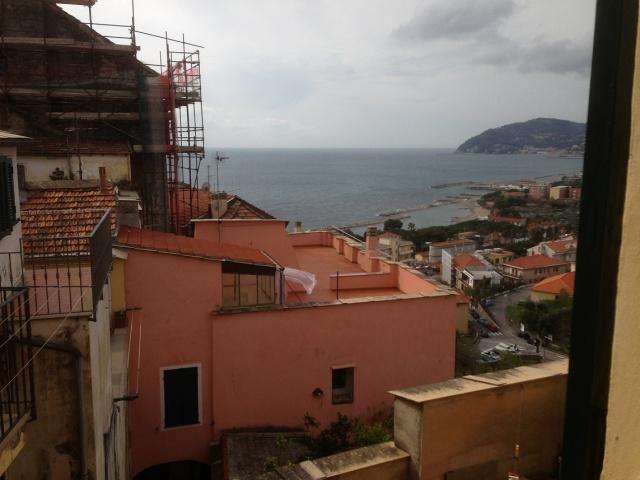 Апартаменты в Империи, Италия, 75 м2 - фото 1