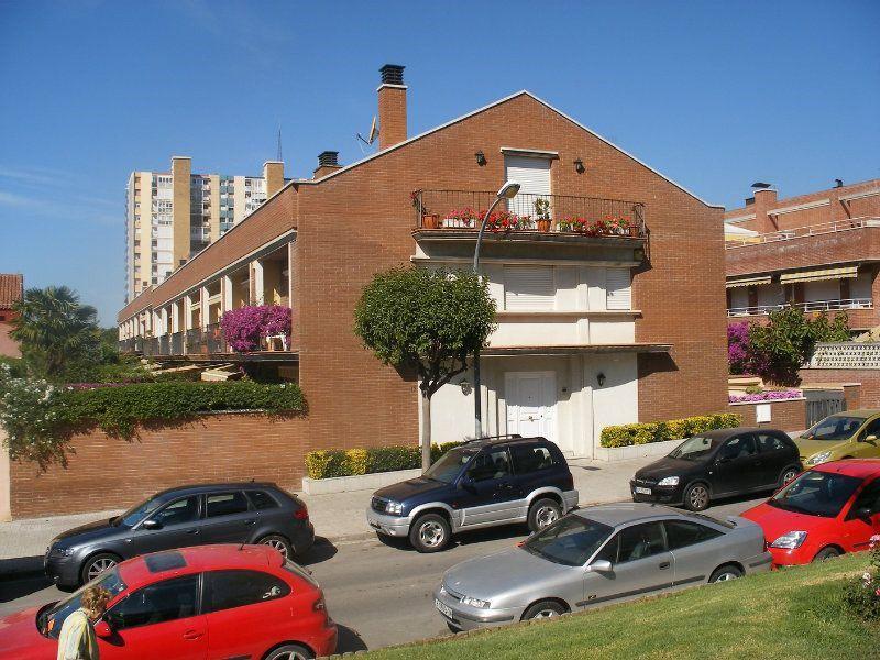 Дом в Виласар-де-Мар, Испания, 260 м2 - фото 1