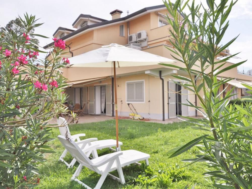 Вилла в Империи, Италия, 70 м2 - фото 1