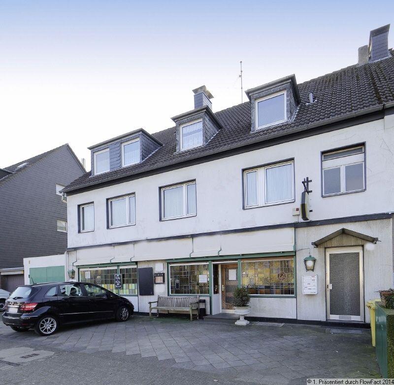 Доходный дом в Дюссельдорфе, Германия, 411.88 м2 - фото 1