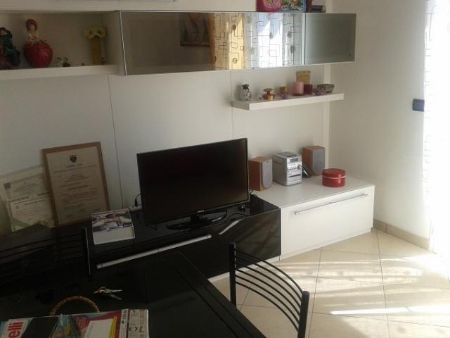 Апартаменты в Диано-Марина, Италия, 45 м2 - фото 1