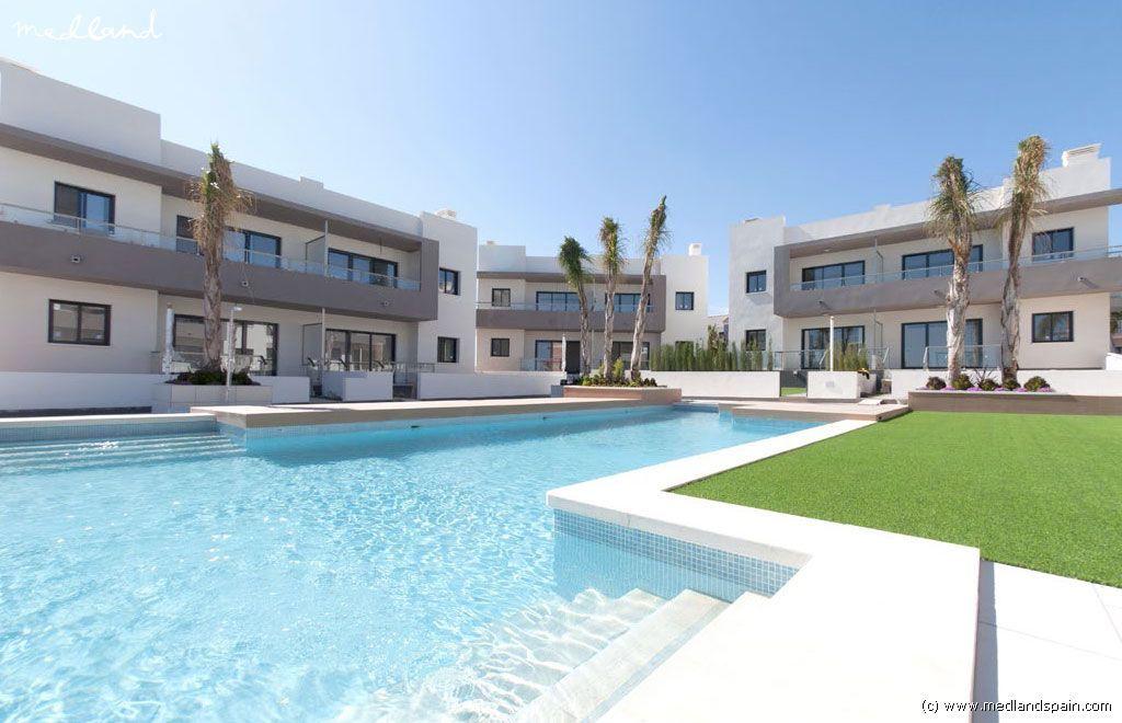 Апартаменты в Сьюдад-Кесада, Испания, 84 м2 - фото 1