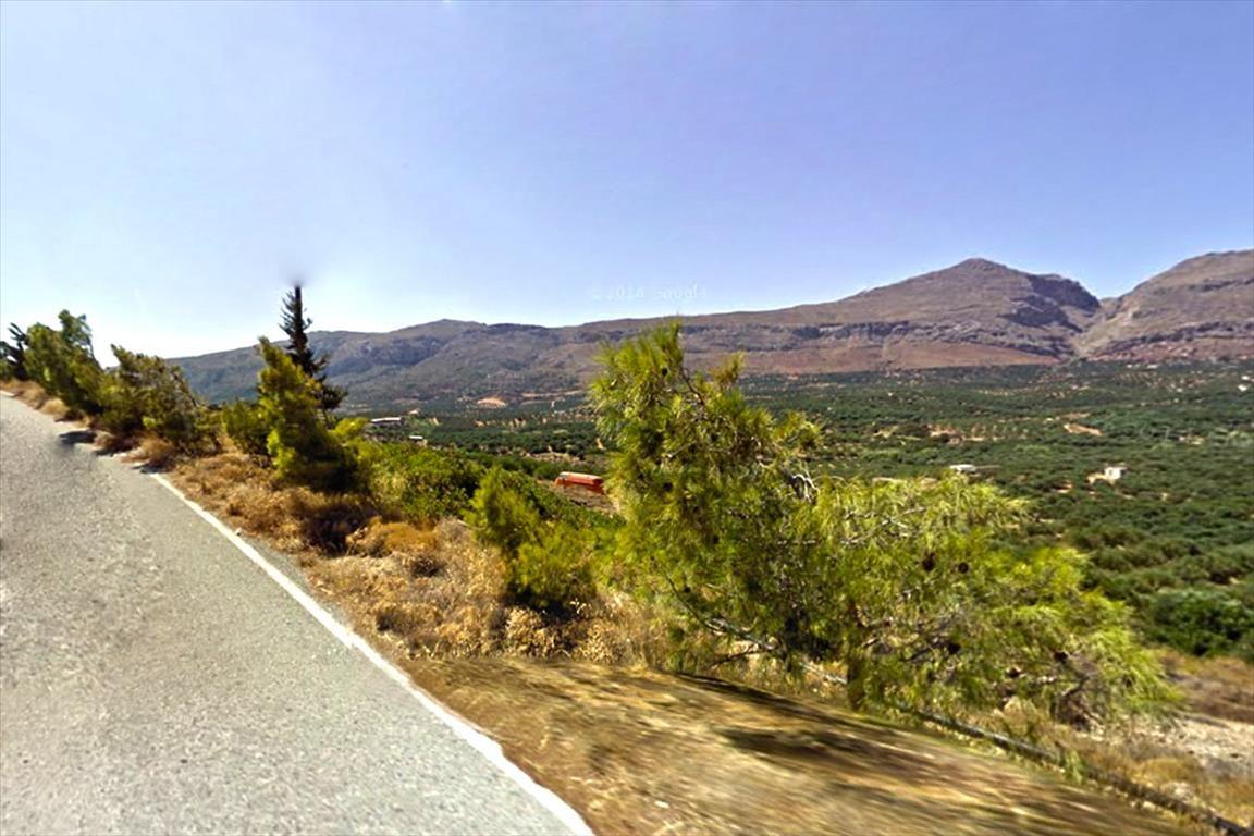 Земля в Иерапетре, Греция, 3300 м2 - фото 1