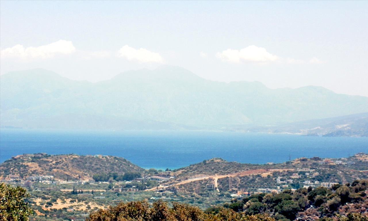 Земля в Ласити, Греция, 9718 м2 - фото 1