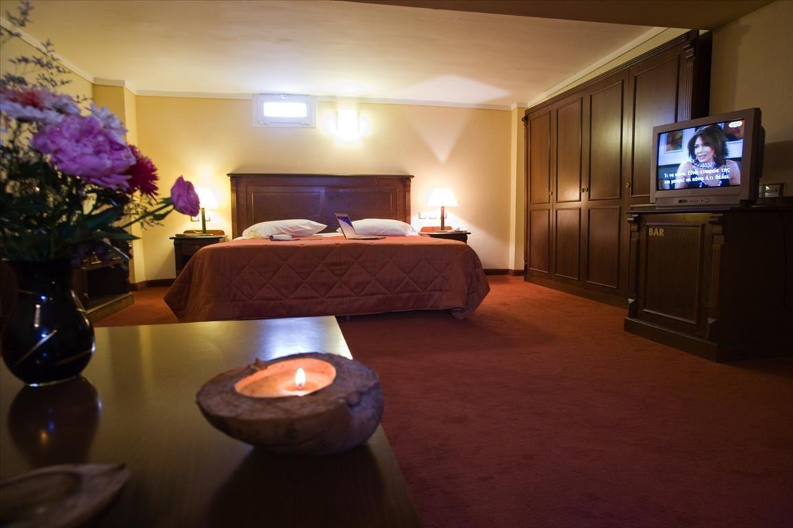 Отель, гостиница в Салониках, Греция - фото 1