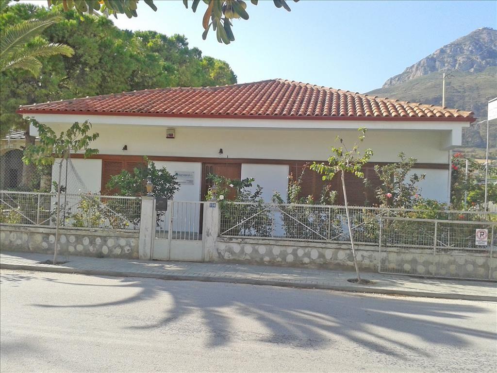 Дом в Акрате, Греция, 1550 м2 - фото 1
